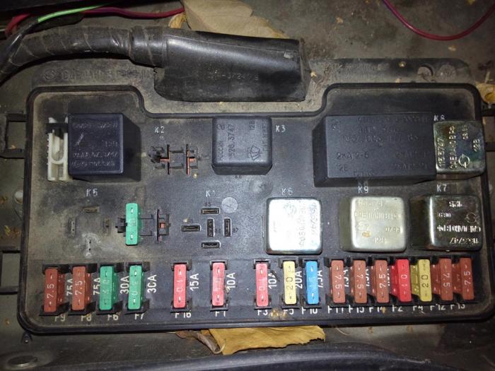 Блок предохранителей ВАЗ-2109